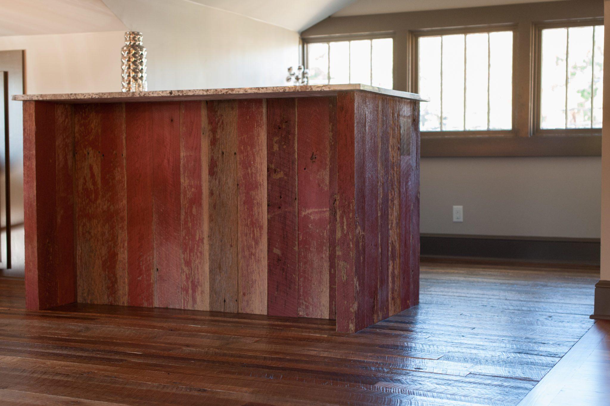 Barn Plank Flooring & Red Barnsiding Planking