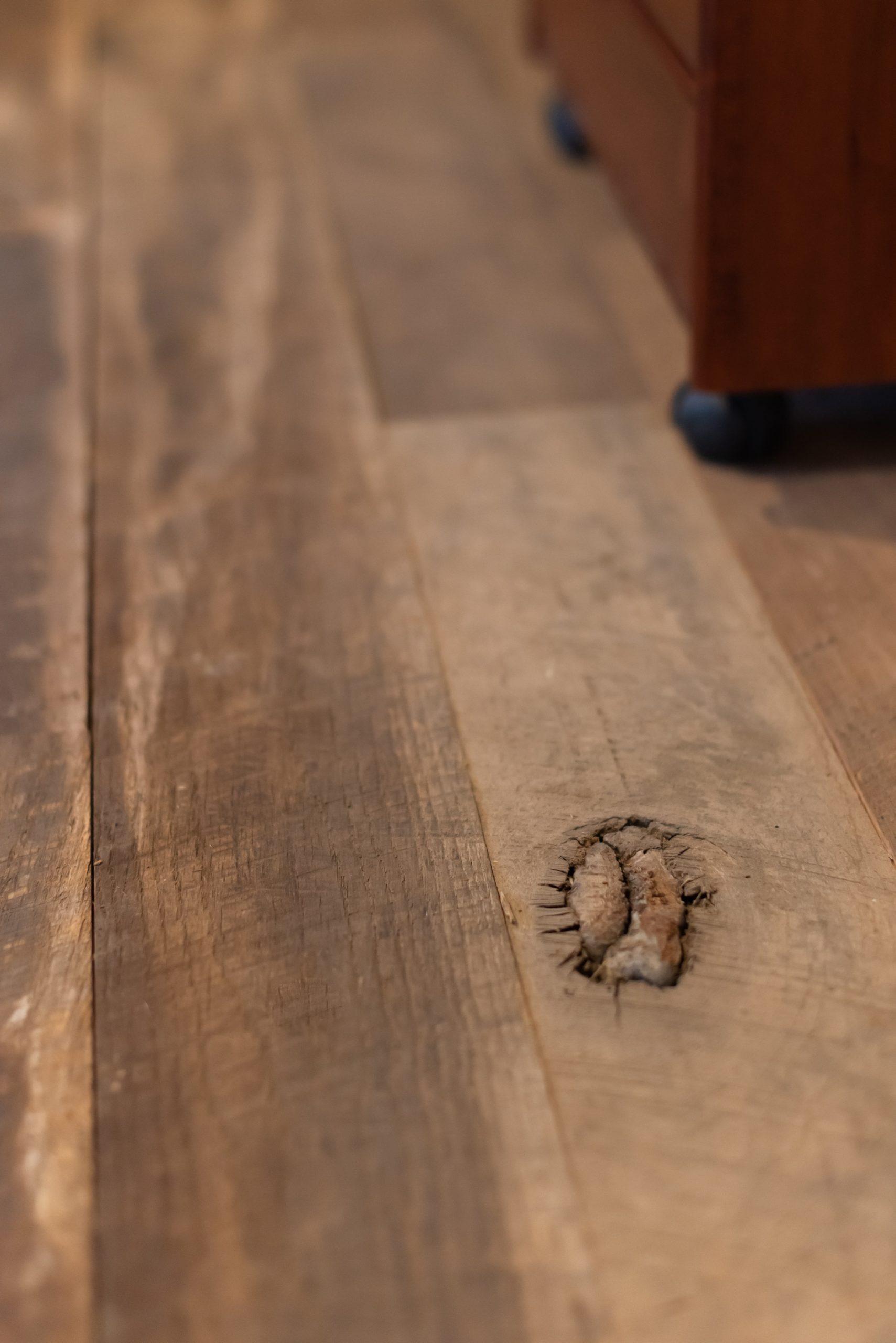 Southend-Reclaimed-Original-Face-Oak-Flooring-2