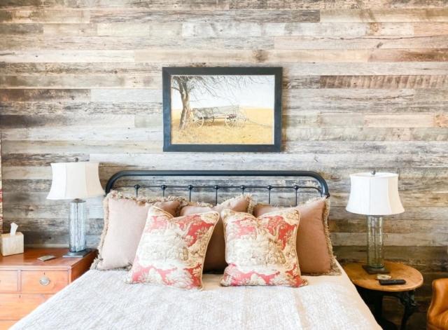 Weathered Grey Barnsiding Wall Planking