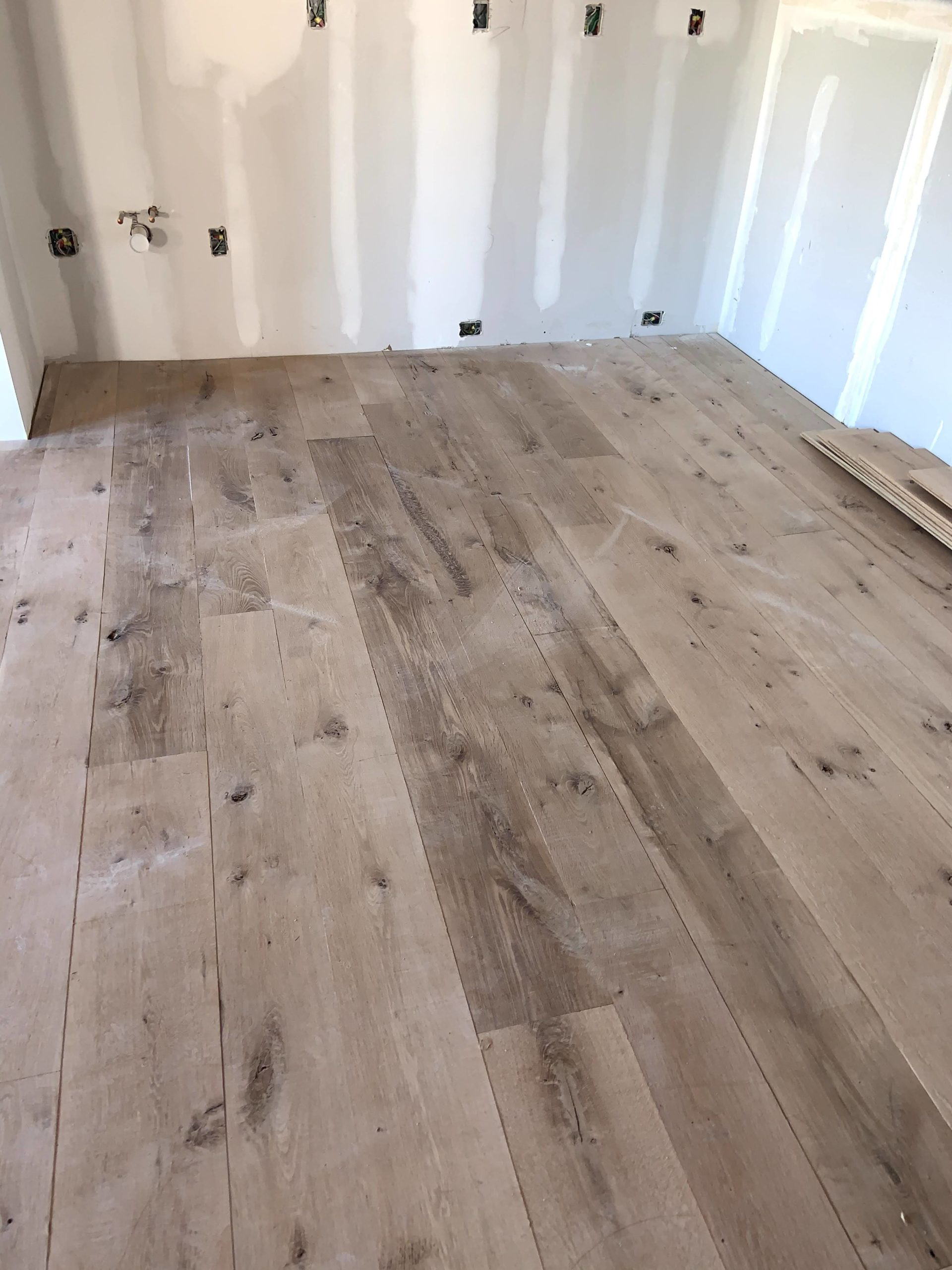 wide-plank-antique-white-oak-6