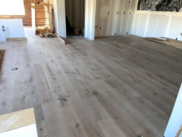 wide-plank-antique-white-oak-8